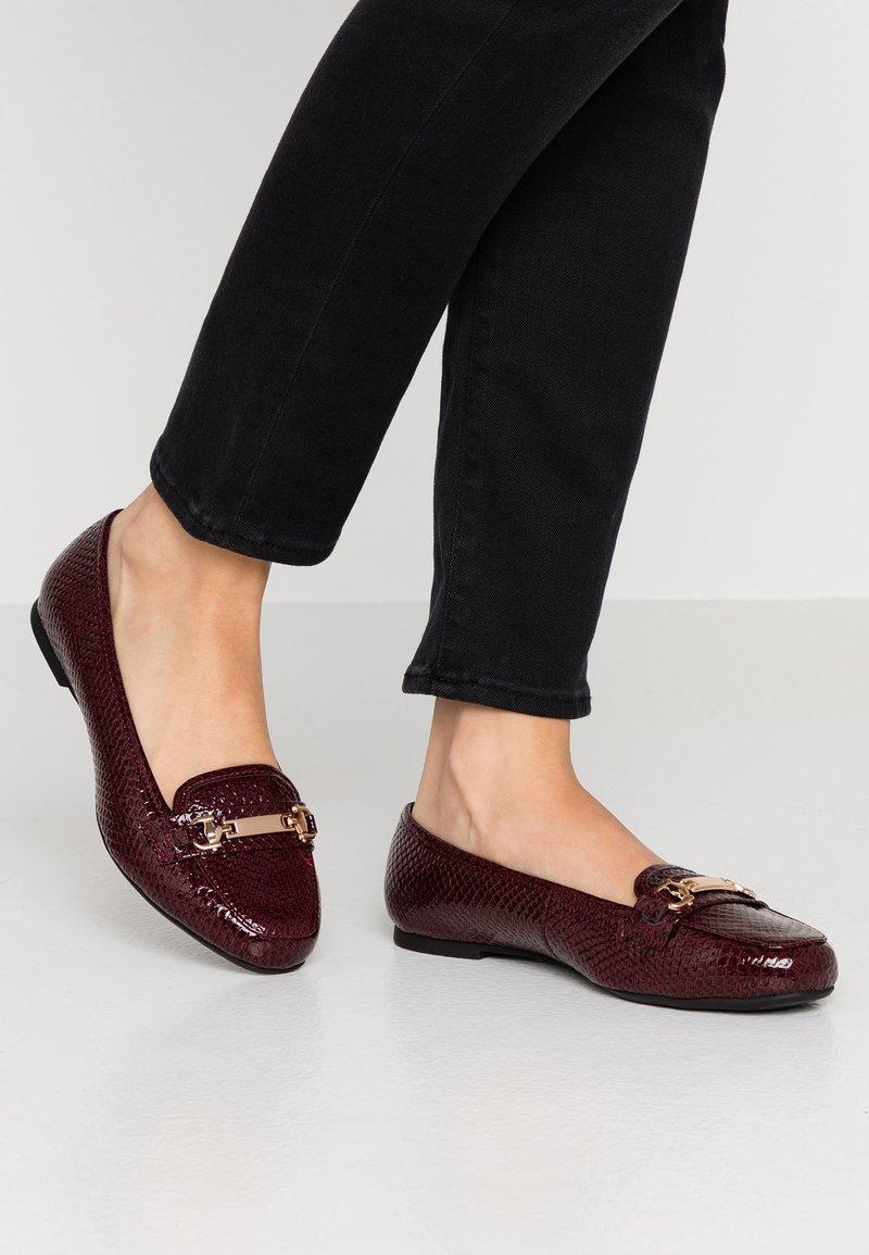 Dorothy Perkins Wide Fit - WIDE FIT LAIR - Slip-ons - burgundy