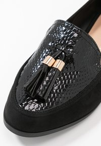 Dorothy Perkins Wide Fit - WIDE FIT LILLE LOAFER - Scarpe senza lacci - black - 2
