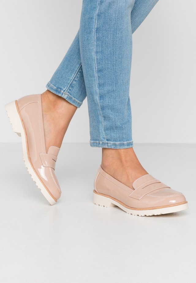 WIDE FIT LYLE LOAFER - Slip-ons - nude