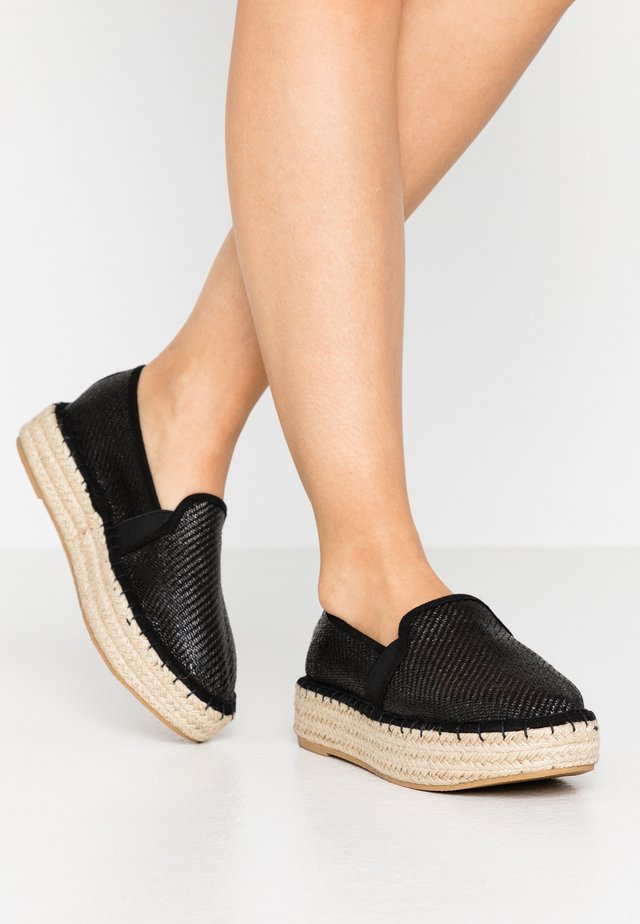 COMICO SLIP ON - Espadrillot - black