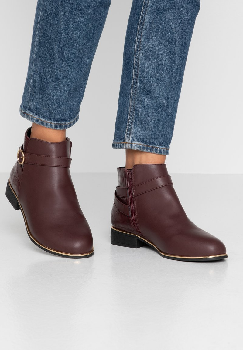 Dorothy Perkins Wide Fit - WIDE FIT MINA TIPPED JODPHUR  - Ankle Boot - burgundy