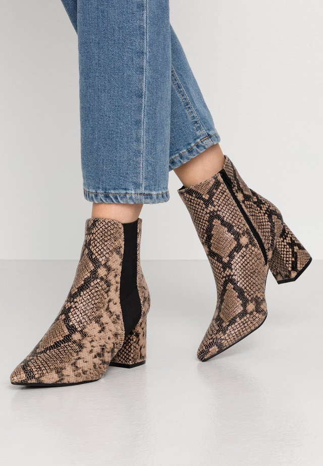 WIDE FIT AMICA CHELSEA - Ankle Boot - brown