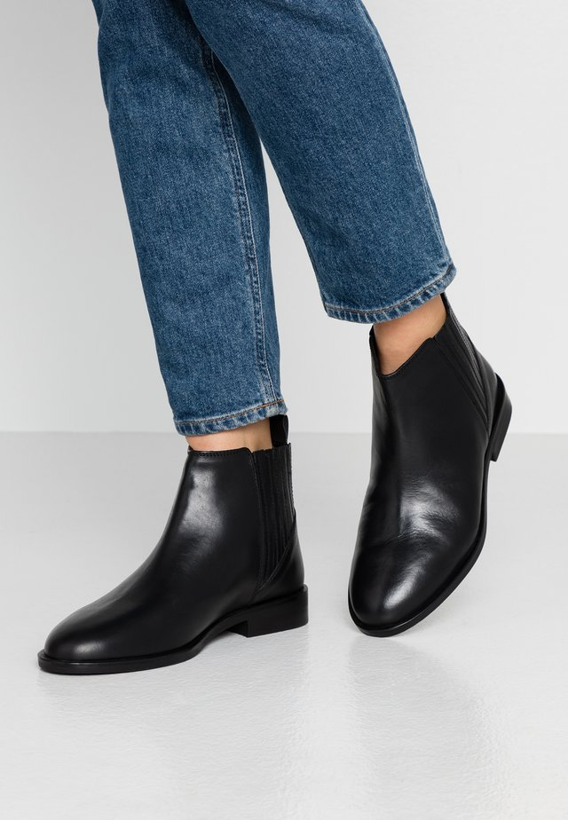 WIDE FIT OSLO CHELSEA - Ankle boots - black