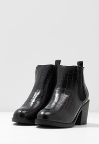Dorothy Perkins Wide Fit - WIDE FIT ANSTY ELASTIC HEELED CHELSEA - Ankle boot - black - 4