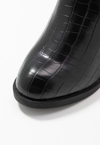 Dorothy Perkins Wide Fit - WIDE FIT ANSTY ELASTIC HEELED CHELSEA - Ankle boot - black - 2