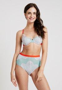 Dora Larsen - UNDERWIRE - Underwired bra - light blue/rose/neon pink - 1