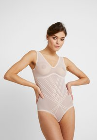 DORINA - INVISIBLE SHAPING BODY - Body - nude - 1