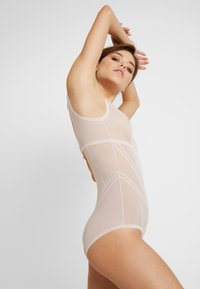 DORINA - INVISIBLE SHAPING BODY - Body - nude - 3