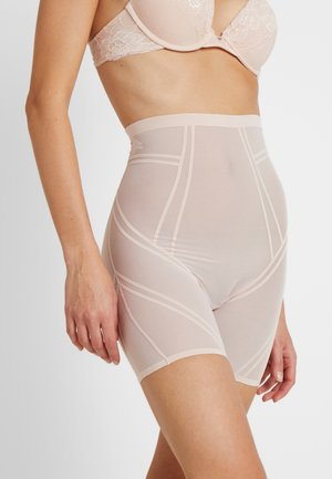 INVISIBLE SHAPING SHORTS - Lingerie sculptante - nude