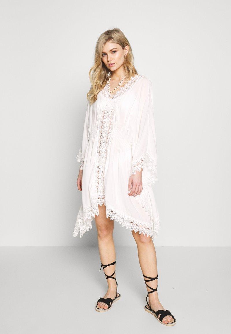 DORINA - SARONIC - Beach accessory - white