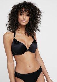 DORINA - JAMAICA PUSH-UP - Bikinitopp - black - 0