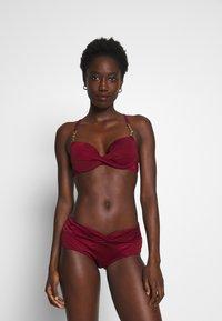 DORINA - FILAOPADDED - Bikinitoppe - red - 1