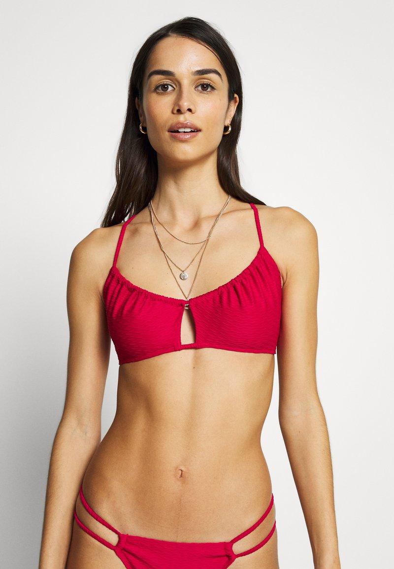 DORINA - Bikinitop - red
