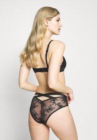 DORINA - LINUXCHEEKY HIPSTER - Panties - black - 2