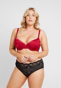 DORINA CURVES - ANDERSON - Underwired bra - red - 1