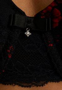 DORINA CURVES - ANDERSON FLORAL BRAS - Bøyle-BH - red rose - 4