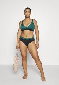 DORINA CURVES - ATTICA HIGH WAIST BRIEF - Bikinibroekje - green - 1