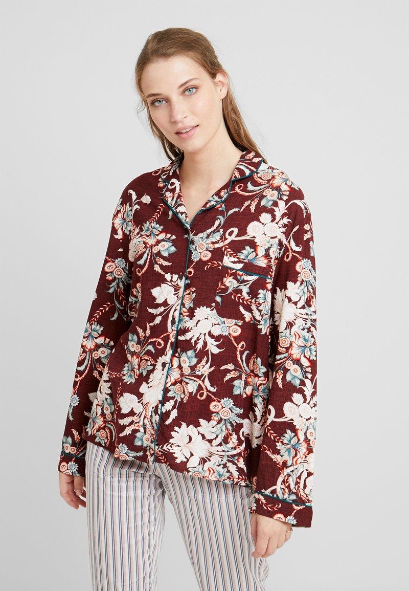DORINA CURVES - Nattøj trøjer - red