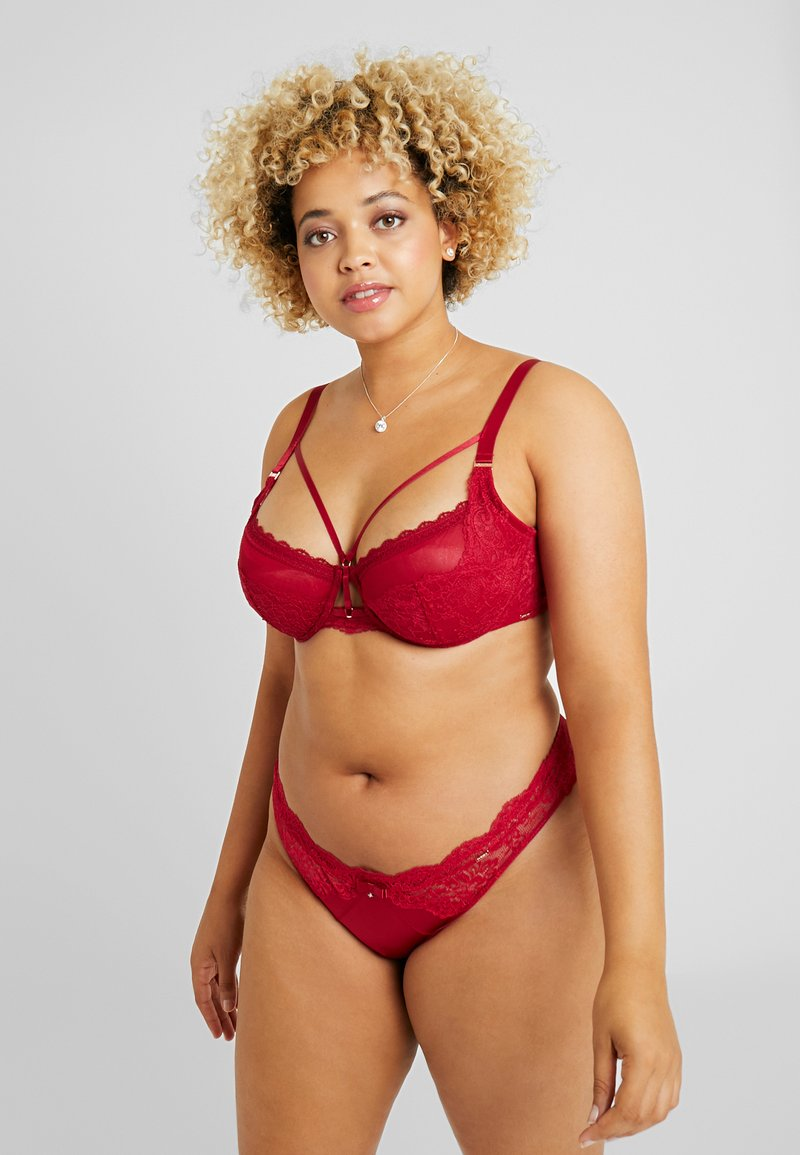 DORINA CURVES - ANDERSON BRAZILIANS - Slip - red