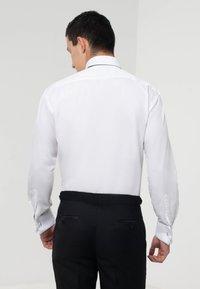dobell - Formal shirt - white - 2