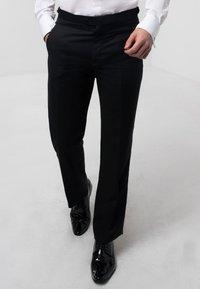 dobell - Suit trousers - black - 0