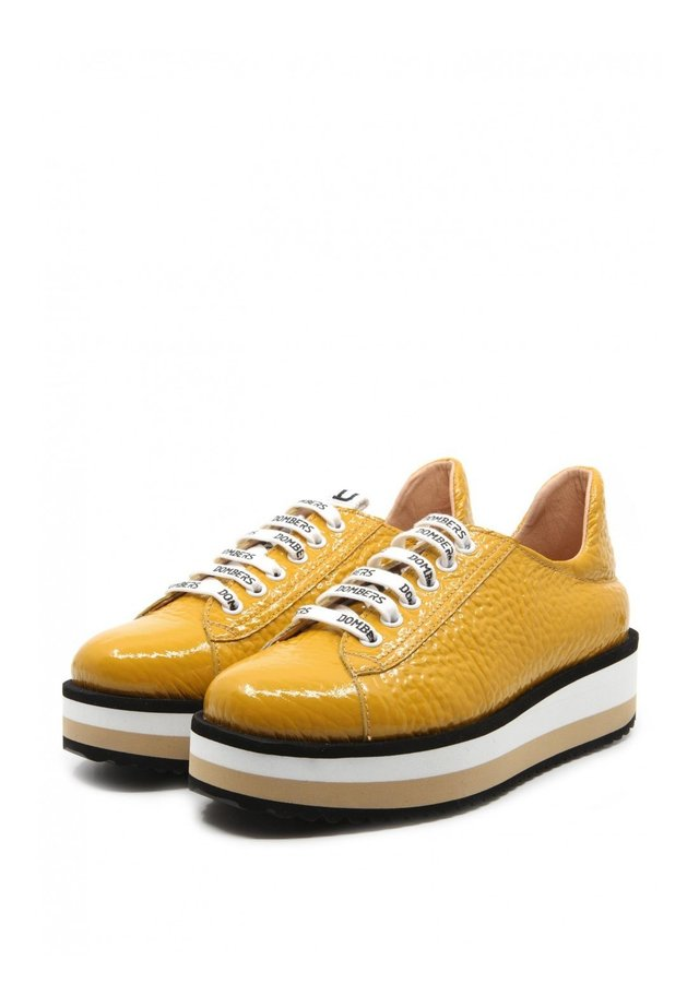 Sneakers laag - mustard yellow