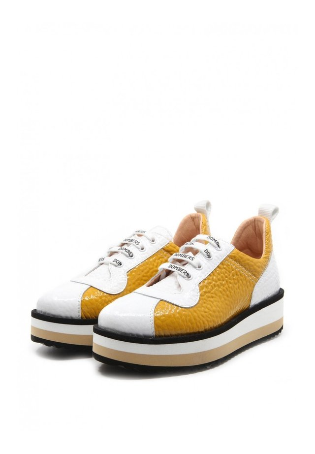 PULSE - Trainers - ocre