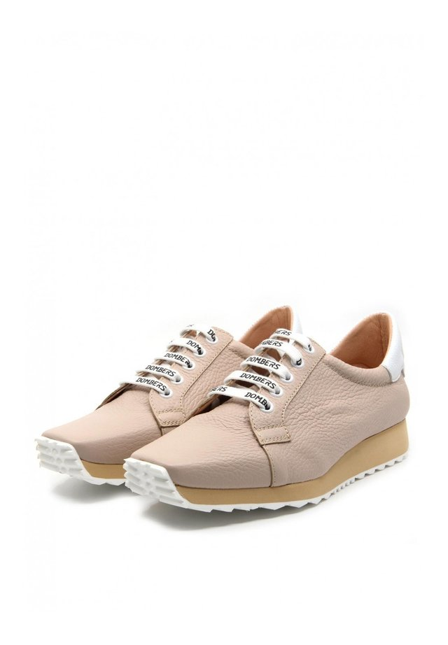 INNOVATE - Sneakers laag - nude