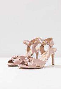 Dorothy Perkins - BREEZE - Sandaler med høye hæler - blush - 4