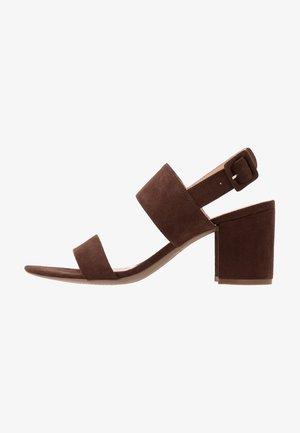 SADIE - Sandals - choc