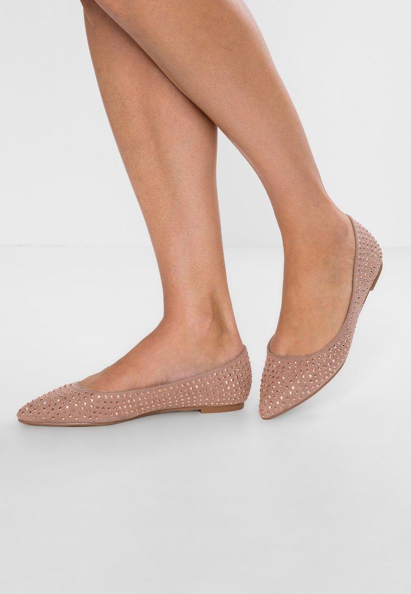 Dorothy Perkins - HAILEY - Ballet pumps - nude