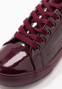 Dorothy Perkins - IRIS - Sneakers - burgundy - 2