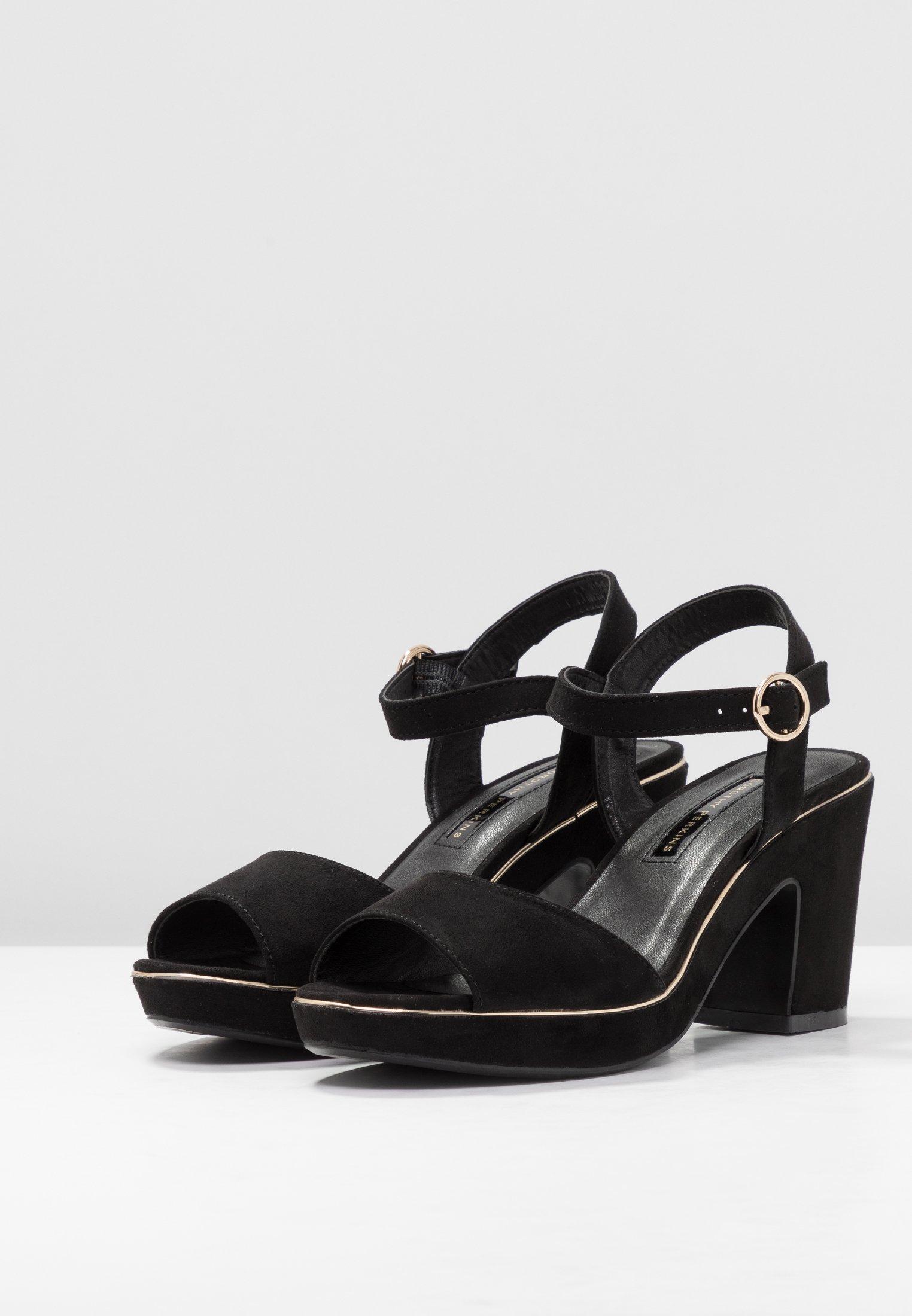 RHONDA WEDGE Sandaletter black