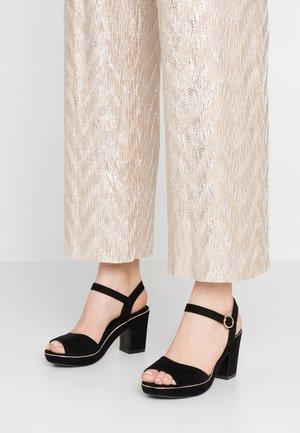RHONDA WEDGE - Sandály na vysokém podpatku - black