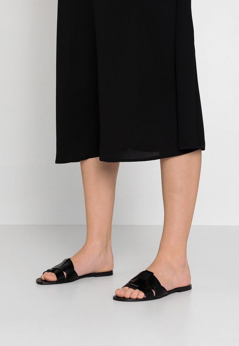 Dorothy Perkins - JAXON SLIDE MULE - Pantofle - black