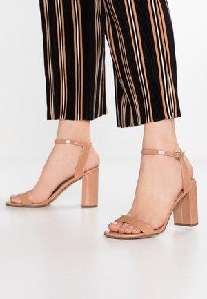 SHIMMER BLOCK - Sandaler med høye hæler - nude
