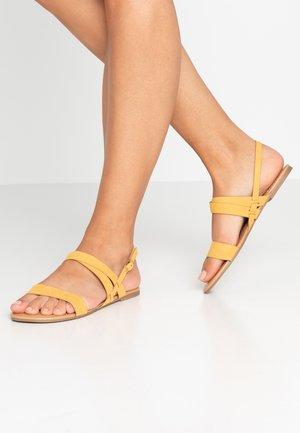 FABIA - Sandály - yellow
