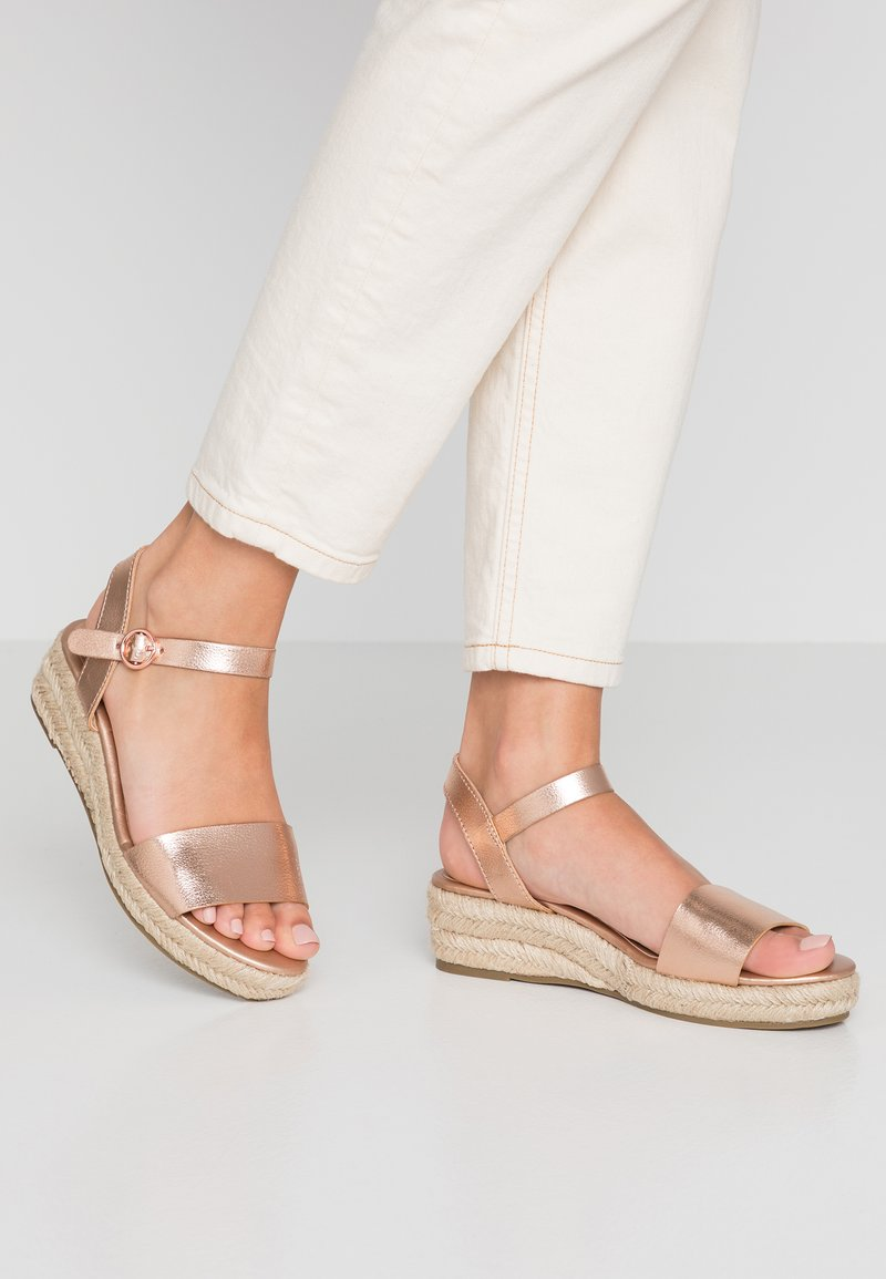 Dorothy Perkins - RHIANNON 2 PART FLATFORM - Plateausandalette - rose gold