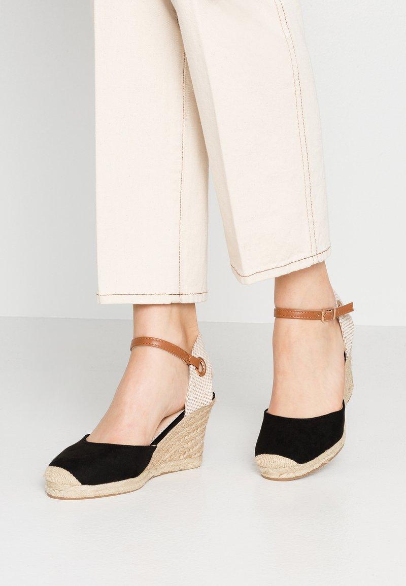 Dorothy Perkins - RAYA WEDGE - Platform sandals - black