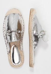 Dorothy Perkins - CELESTE - Mules - silver - 3
