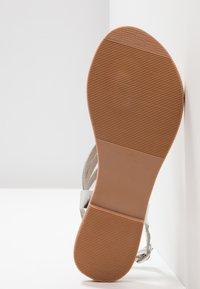 Dorothy Perkins - JEMMA - T-bar sandals - silver - 6