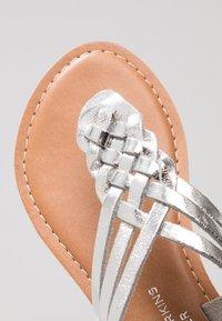 Dorothy Perkins - JEMMA - T-bar sandals - silver - 2