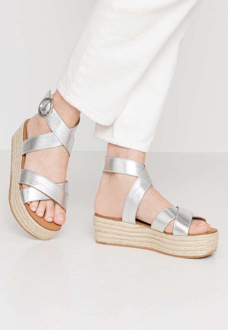 Dorothy Perkins - RALLY FLATFORM ANKLE STRAP - Platform sandals - silver