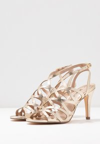 Dorothy Perkins - SPIKE CAGE - High heeled sandals - champagne - 4