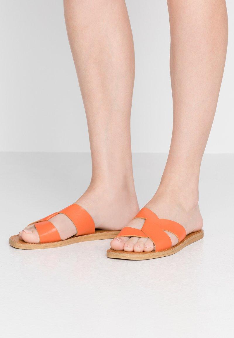 Dorothy Perkins - FAWCETT - Mules - orange