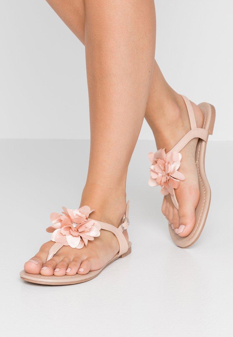 Dorothy Perkins - FLOWER  - T-bar sandals - blush