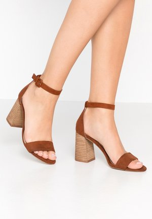 SIXX FLARED PART  - High Heel Sandalette - tan