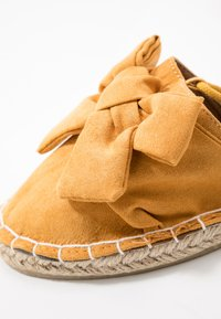 Dorothy Perkins - TWO PART BOW  - Espadrilles - mustard - 2
