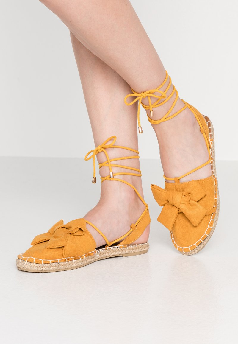 Dorothy Perkins - TWO PART BOW  - Espadrilles - mustard