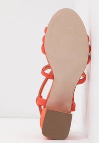 Dorothy Perkins - BARBY TUBULAR  - Sandalias - orange - 6